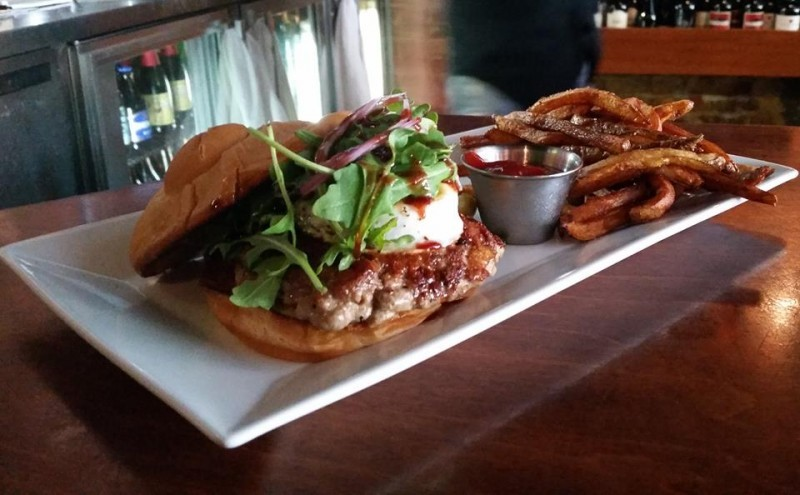 Top 18 north carolina burger joints scoutology for 1895 cajun cuisine and pub